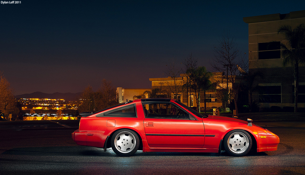 Dylan Leff (aka mojocoggo) is OG light painter killer, and this z31 he shot in 2011 is great