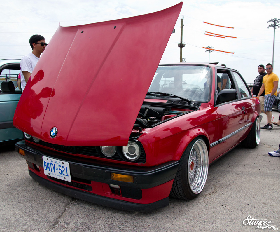 1-fitted-bays-steve-e30-1
