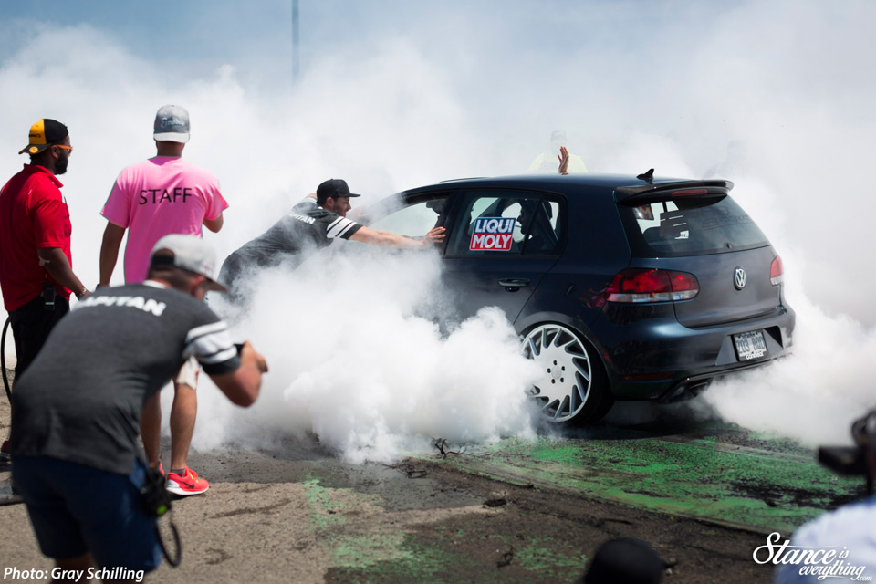 Eurokracy-2016-by-Gray---Burnouts-15