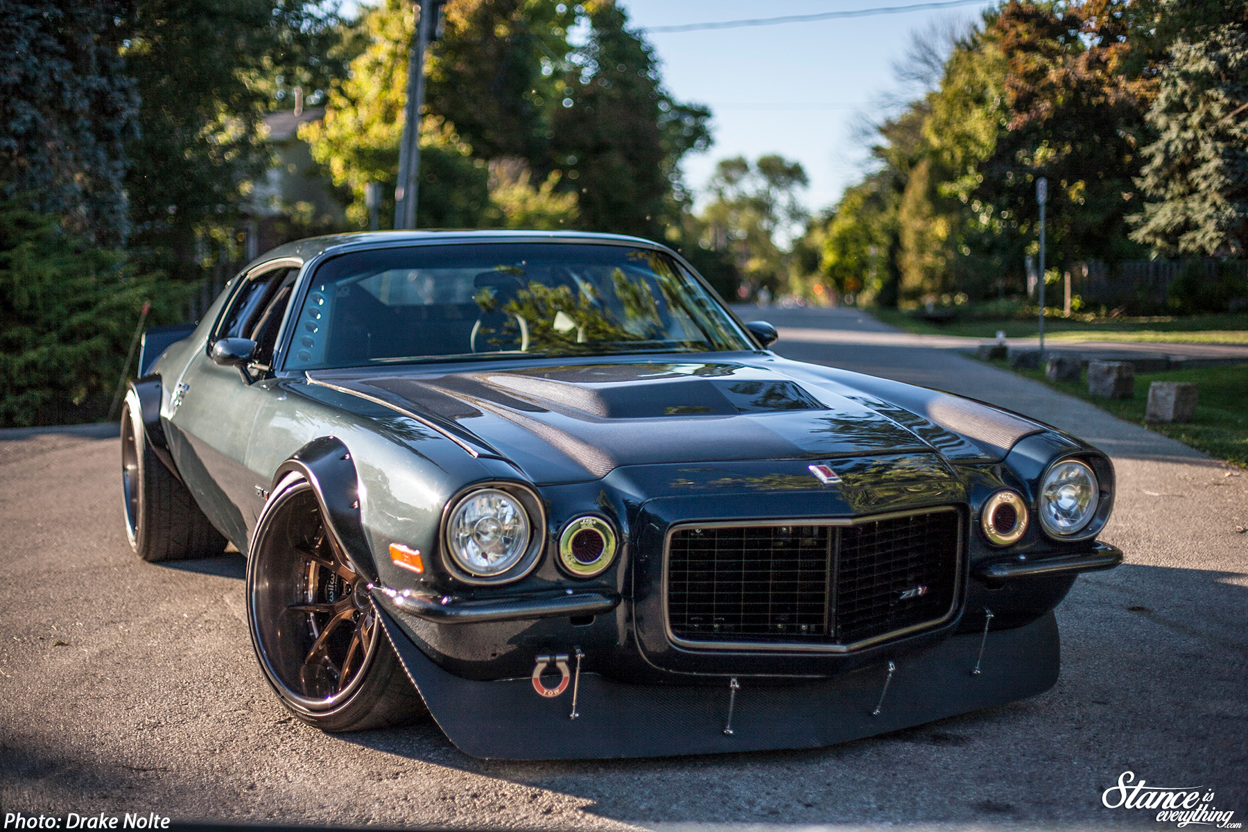 Not Your Dad S Camaro Miro S 1970 Z28 Is Built For War Stance Is Everything