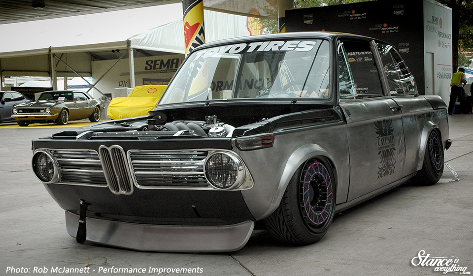 sema-2016-catuned-bmw-2002-1