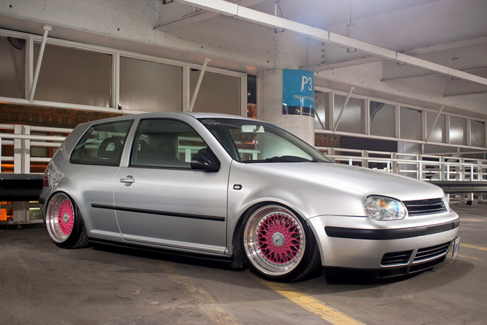 This is a local girls car, yes it is on bags