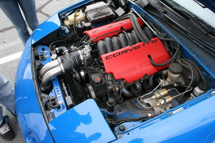 This motor looks right at  home in the Miata bay