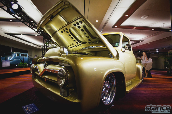hot_rod_gold_chevy