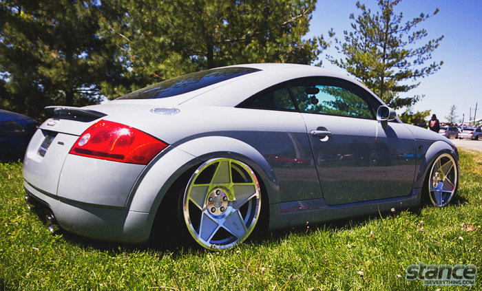 2013_stretch_and_poke_fitted_audi_tt_3sdm