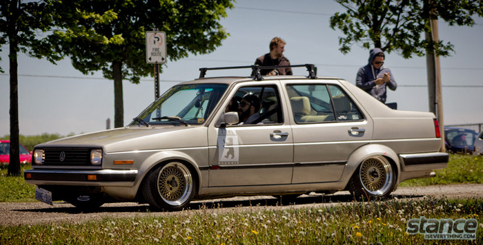 2013_stretch_and_poke_fitted_rolling_volkswagen_jetta_mk1_bagged
