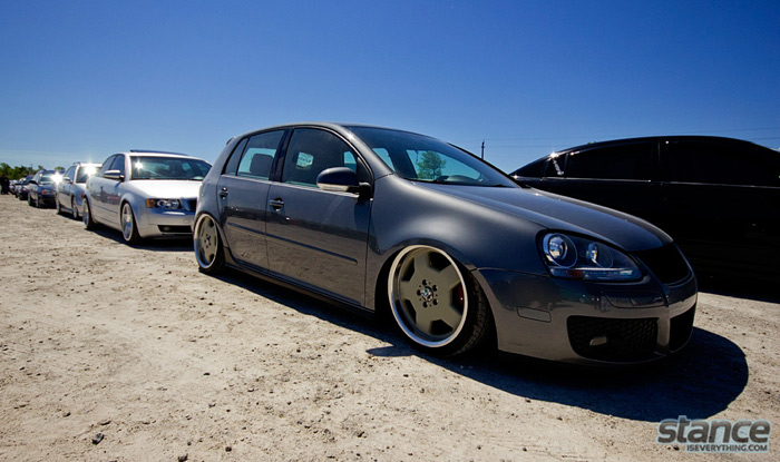2013_stretch_and_poke_fitted_vw_lineup