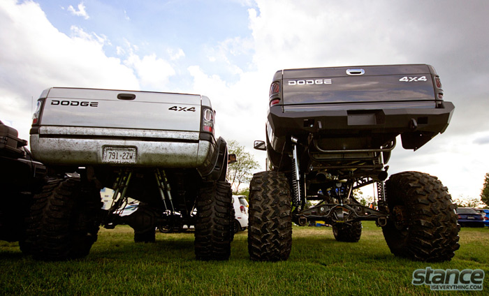 niagara_truck_and_tuner_expo_2013_truck_lifted_dodges