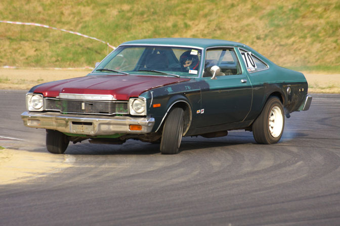 non_typical_drift_19_plymouth_volare_norway