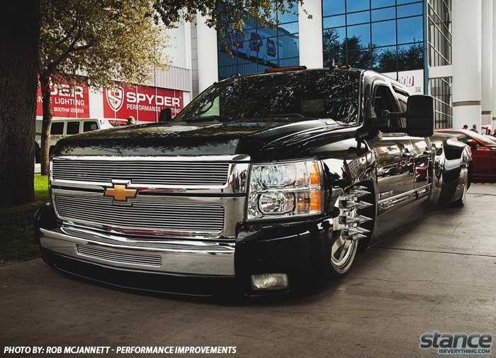 sema_2013_chevy_3500_hd_1