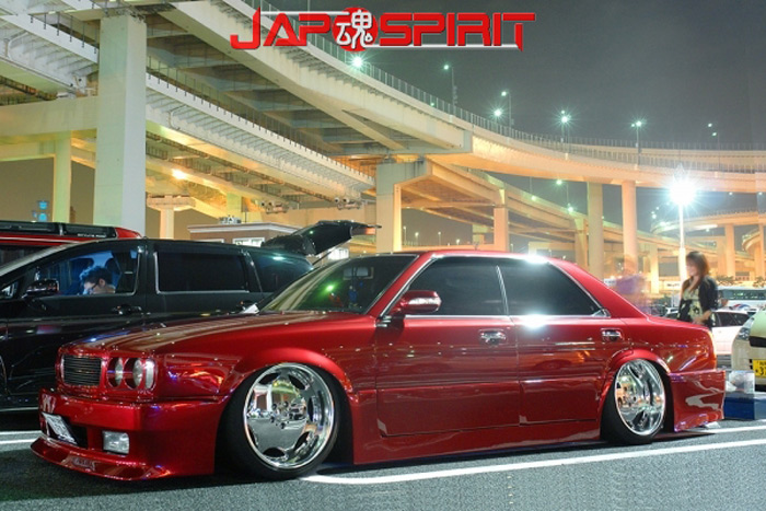 nissan_gloria_red_2