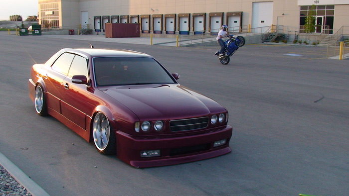 nissan_gloria_red_wheelie