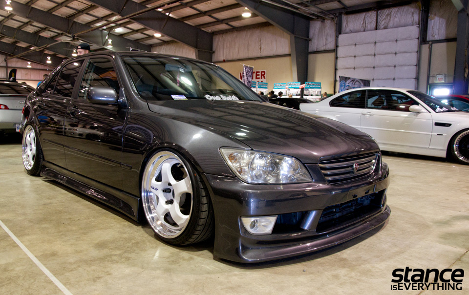 fitted_2014_lexus_is300_static_second