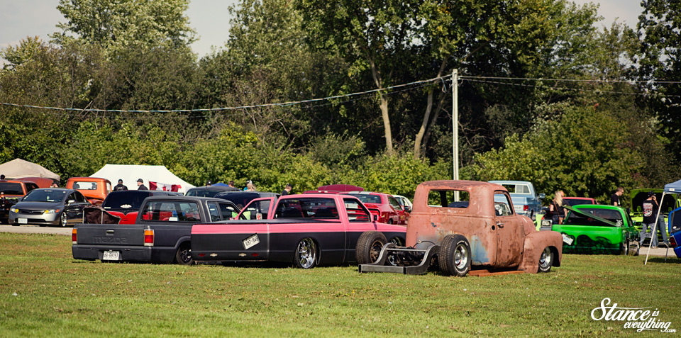 northern-showdown-works-garage-bagged-52-chevylineup