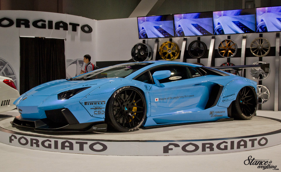 sema-2014-liberty-walk-lamborgini-forgiato-1