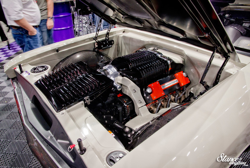 sema-2014-ring-brothers-recoil-under-hood-3