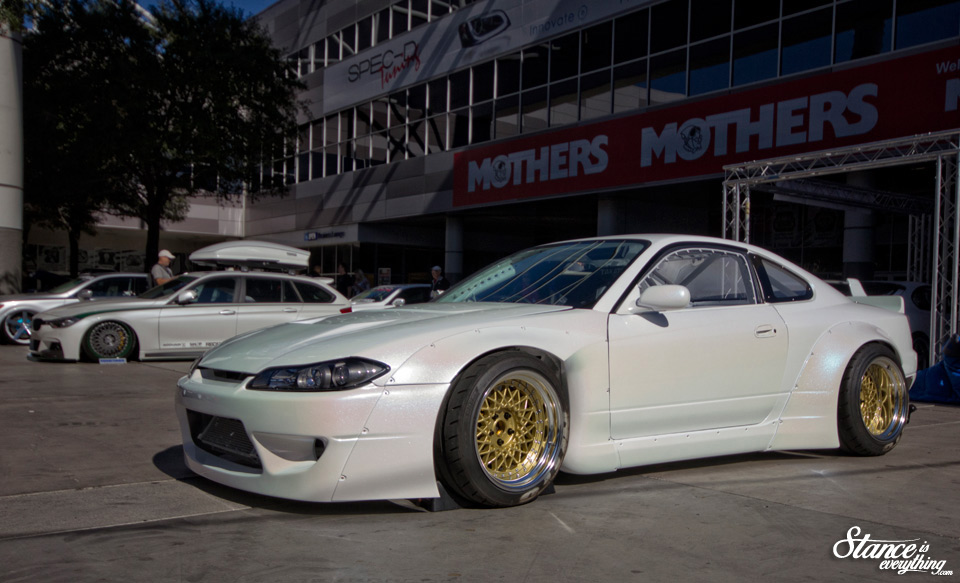 sema-2014-rocket-bunny-s15-profile