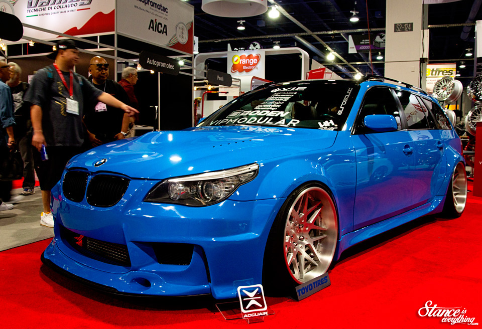 sema-2014-wide-body-bmw-wagon