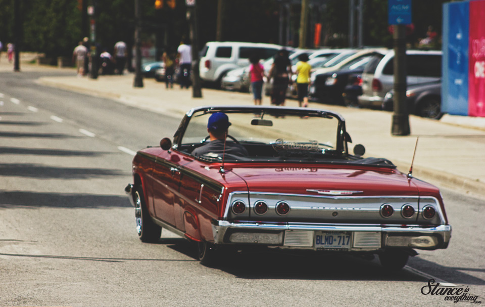 classics-at-the-square-lowrider-rollout