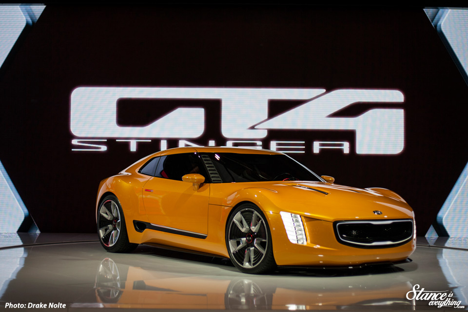 cias-2015-kia-gt4-stinger-5-dn-re