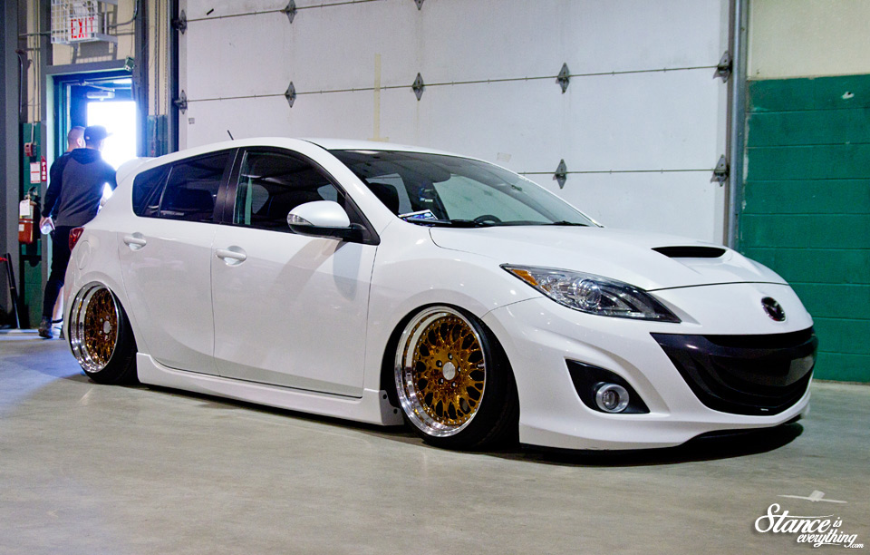 fitted-toronto-2015-mazda-speed3-secondgen-bagged