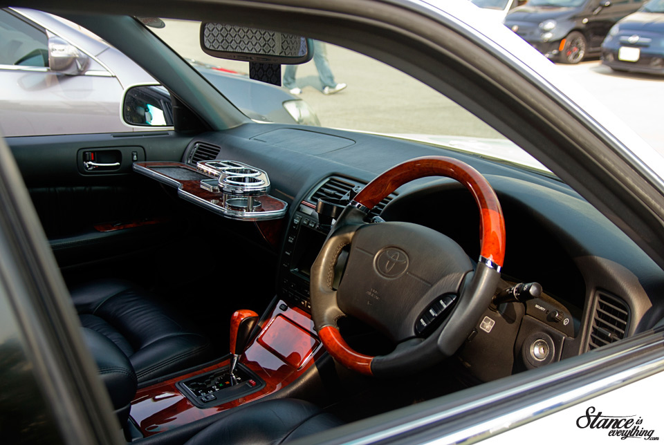 cars-and-coffee-toronto-toyota-celsior-2