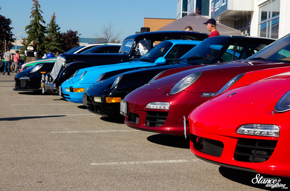 cars-and-coffee-toronto-lineup