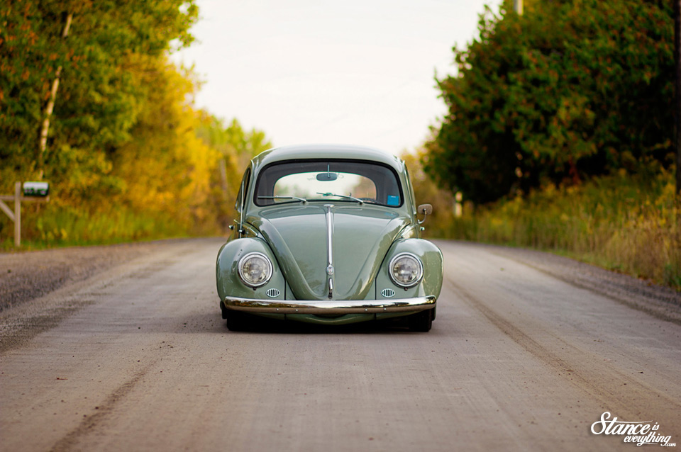 stance-is-everything-taylord-customs-slammed-beetle-front-end