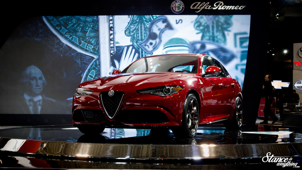 2016-canadian-international-auto-show-alfa-romeo