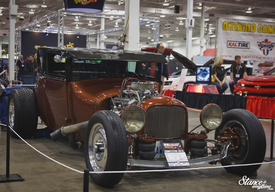 motorama-2016-hall-2-bagged-dragster