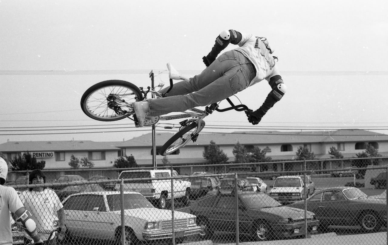 Eddie Fiola is without a doubt one of the most well known riders ever, but what's that in the background?