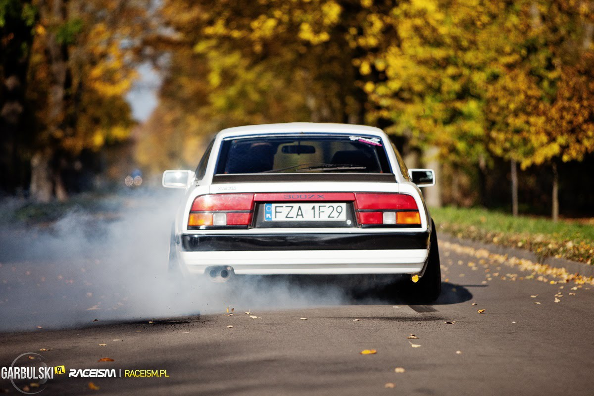 Some z31 burnout action via Raceism.pl which seems to no more..