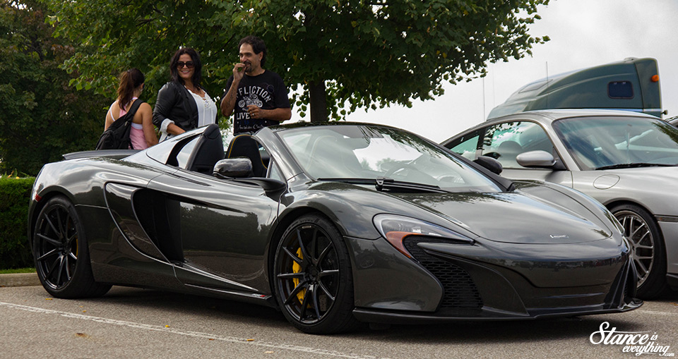 cars-and-coffee-toronto-finale-2016-59