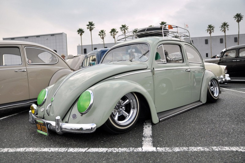 Theme Tuesdays: Supremes And Whites - Stance Is Everything